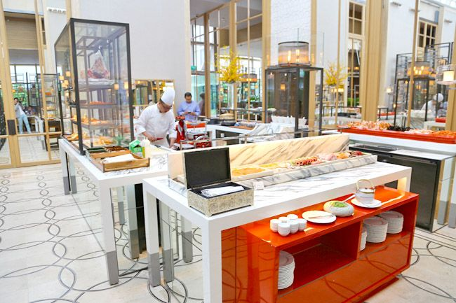 Colony At The Ritz-Carlton, Millenia Singapore – One Of The Best New Buffet Restaurants, $78 per person weekday dinner buffet