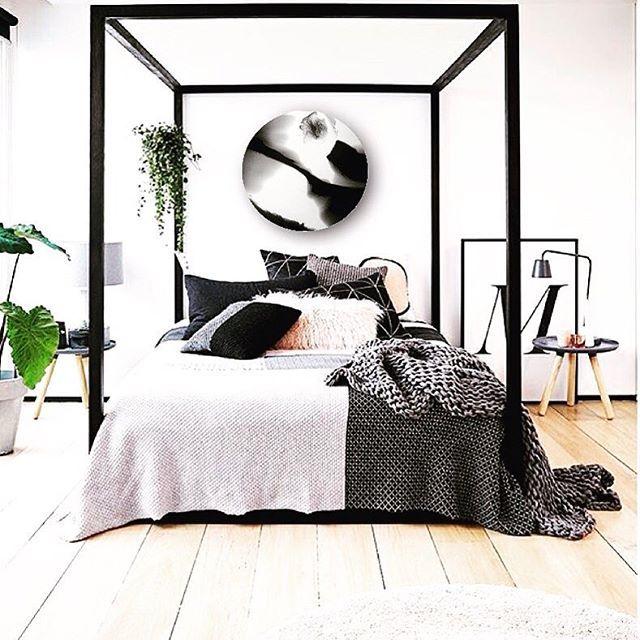 "#TBT - ""Ying&Yang"" - a simplistic monochromatic piece that epitomises understated elegance!! #whatanawesomebedroom #art #artist  #artoftheday #artofinstagram #abstractart #artistspotlight #resinart #resin #perth #perthartist #perthisok #interiordesign #artist_sharing #australianartist #abstractresin #resinartist #wallart #abstractartist #instagram #instagood #theperthcollective #kreoloveslocal #monochrome #perthpop #ratedmodernart #perthcreatives"