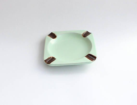 Beautiful vintage art deco ceramic Ashtray / Bowl with
