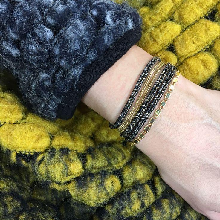 bracelet Christy Louise Hendricks Paris - Bracelet 3 tours, composé d'une chaine doré et d'un cordon lurex en tresse egyptienne lurex black & gold, 6 rangs au final sur le poignet