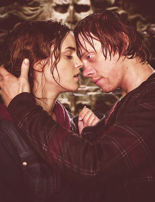 Hermione and Ron. Omg I love this picture