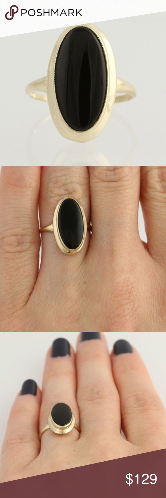 Onyx 10K Gold Ring Vintage onyx cabochon ring set in 10 karat yellow gold. It is marked 10K. Size 4.5. Jewelry Rings