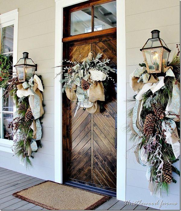 50 Fabulous outdoor Christmas decorations for a winter wonderland. Dress your door! #holidaycheer #dressyourdoor #christmas