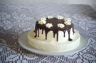 dort s mascarpone, čokoládovým ganache a lemon curd / cake with mascarpone, chocolate ganache and lemon curd