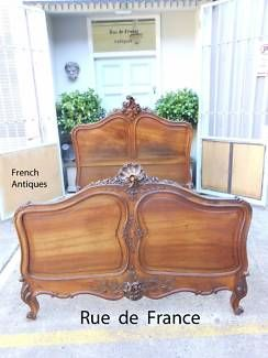 ANTIQUE FRENCH CARVED WALNUT QUEEN BED -- LOUIS XV STYLE
