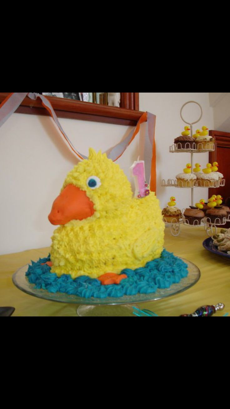 Hudsyn's 1st bday Rubber duck - my first ever bday cake !