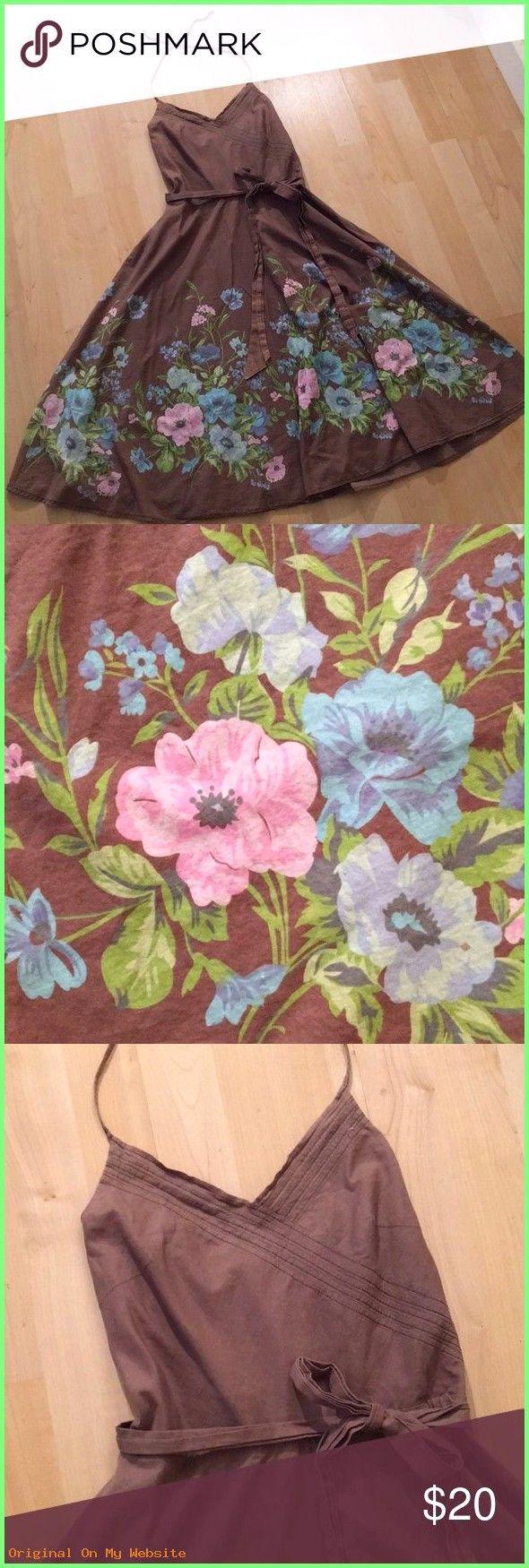 Sommerkleider 2019: Esprit Floral Halter Sundress Esprit Floral Halter Sundress. Lined cotton…