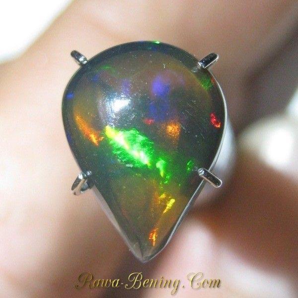 Batu Black Opal Bentuk Tetes Air 1.50 carat Pola Jarong Neon Floral