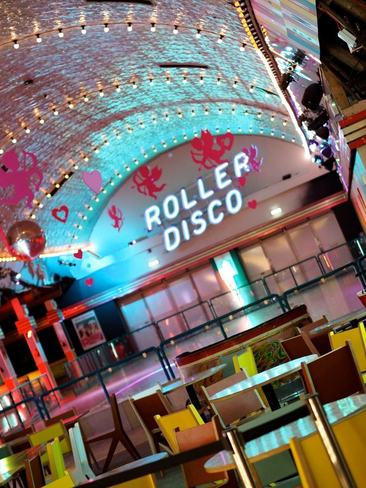 oh i do love to be beside the seaside! I also really love Dreamland Margate, read all about it! Neon lights, roller discos and retro styling! This would make an amazing vintage wedding venue!