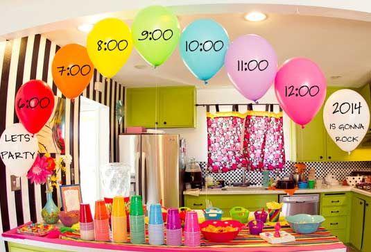Decoracion con globos para fiesta de fin de año. #DecoracionAnoNuevo