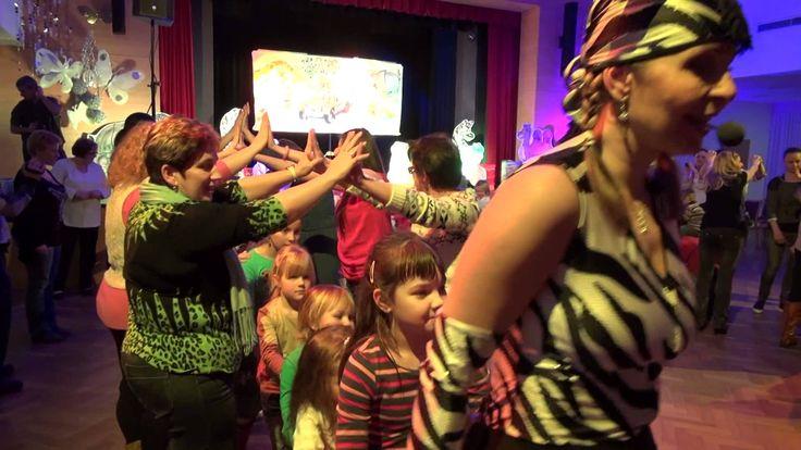 Míša Růžičková zpívala s dětmi v Družbě