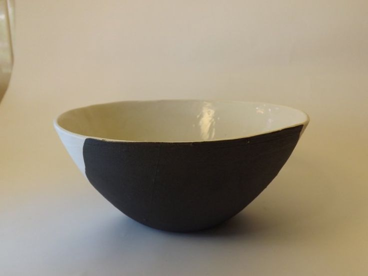Large salad bowl white & chocolate by Patat Design/Ontwerp
