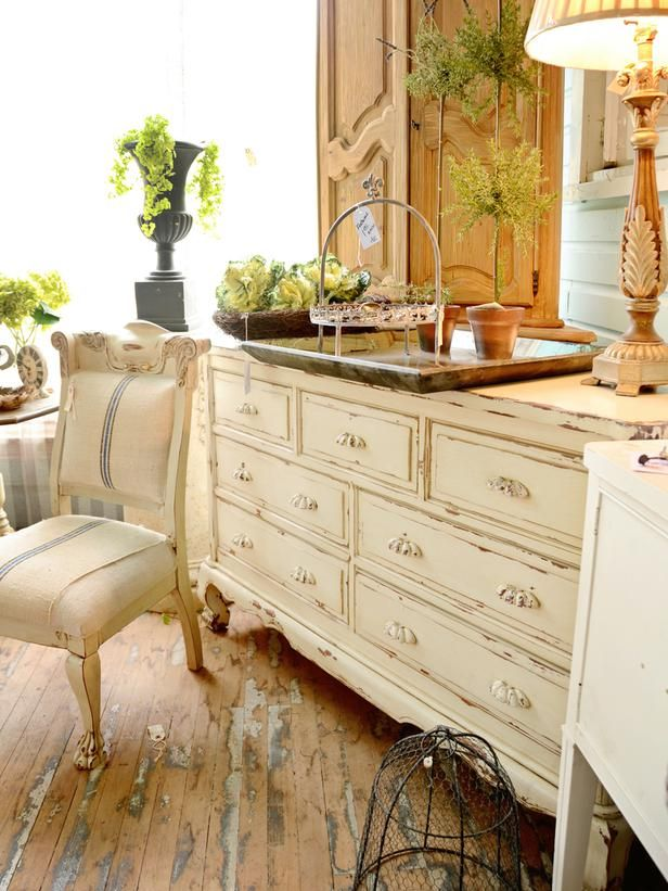 Give Your Living Room Timeless Character With Thrifty Finds