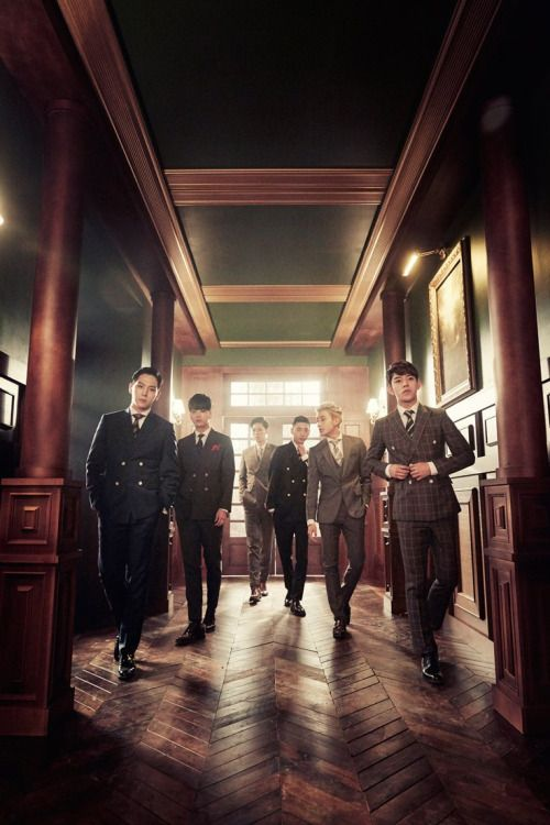 B.A.P - The King Is Back!
