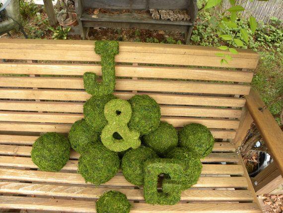 魅惑の素朴な森のウェディング装飾モスアルファベット