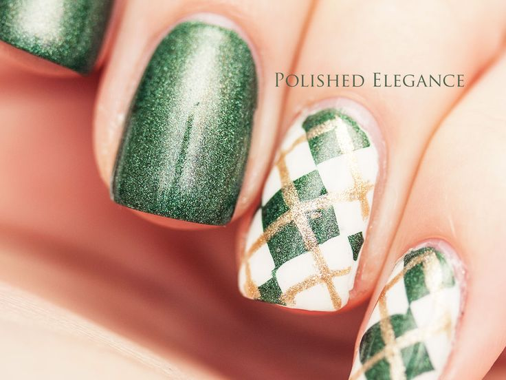 38 best nails st patricks day images on pinterest holiday green gold gorgeous 10 st patricks day nail art design ideas prinsesfo Image collections