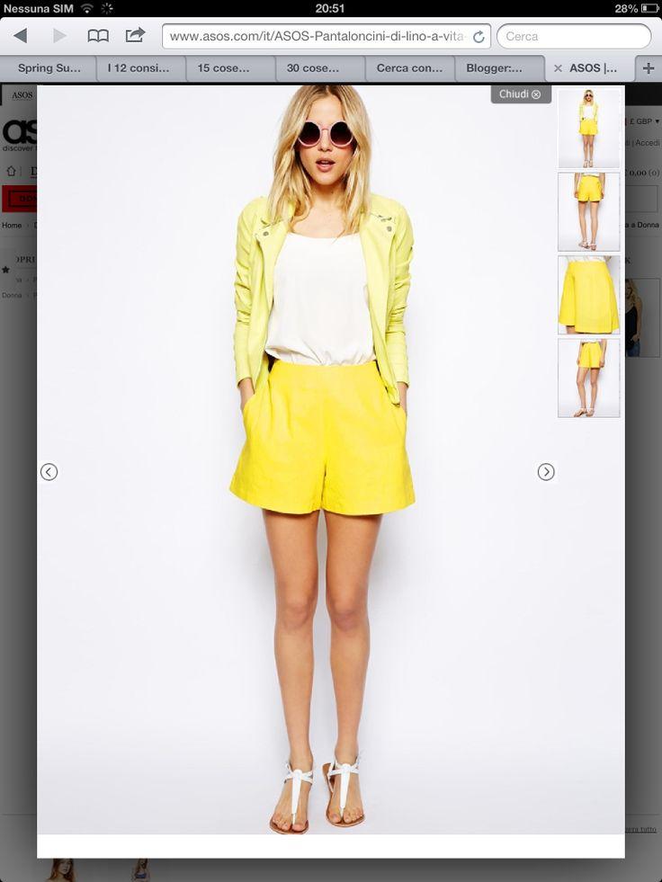 Sicuramente è ancora presto per indossare dei pantaloncini in lino, ma guardate questi quanto sono graziosi , sono a vita alta e costano solo 18,00 su @ASOS.com ;)  My blog www.looklikeamodel.it   #followme  https://www.facebook.com/BlogLookLikeaModel  http://instagram.com/blog_looklikeamodel  https://mobile.twitter.com/LookLikeaModell  https://www.pinterest.com/looklikeamodel/