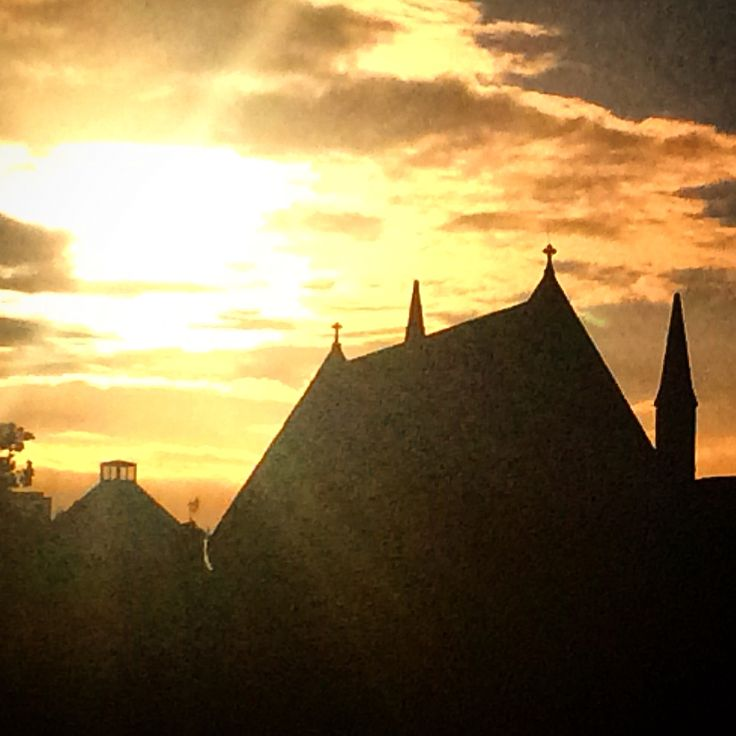 Sunset over St Mary of the Angels ⛪️ #photosofdublin
