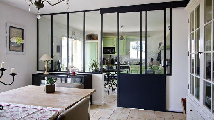 Glass dining room, Pinterest. http://www.facebook.com/kenisa.home