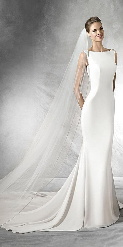 15 Classic Wedding Dresses You Can't Go Wrong With ❤ See more: http://www.weddingforward.com/classic-wedding-dresses-ideas/ #wedding #bride