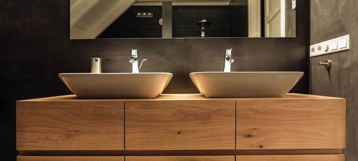 Bekijk de badmeubels van Van Galen Keuken & Bad in de showroom of op de website.