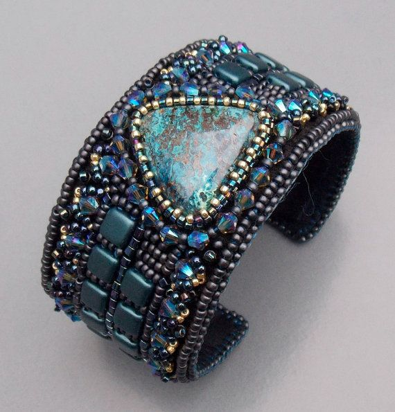 Bead Embroidery Bracelet Cuff Seed beads jewelry by Vicus