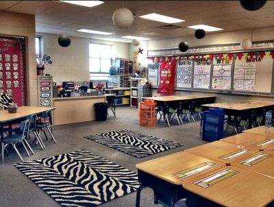 Clutter-Free Classroom: Jungle Safari Classroom Theme {2012 Edition}