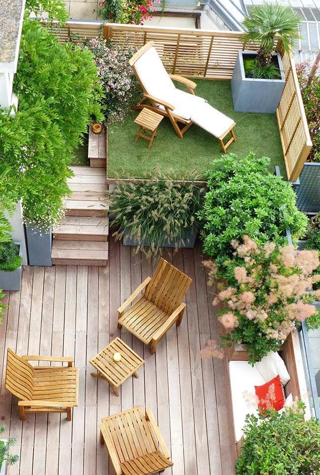 Deck de Madeira: Tipos, Cuidados e 60 Fotos Incríveis | Jardins para  quintal pequeno, Jardins pequenos, Ideias de quintais