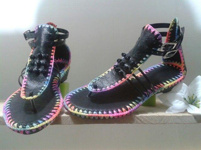 Sandalias cuero innovacion