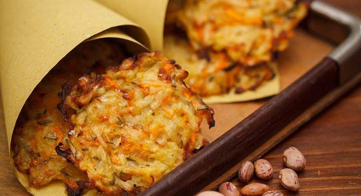 Minirösti di verdure: una ricetta ideale da servire come contorno ad un secondo di pesce ma anche di carne. Ecco la ricetta originale dei minirösti di verdure