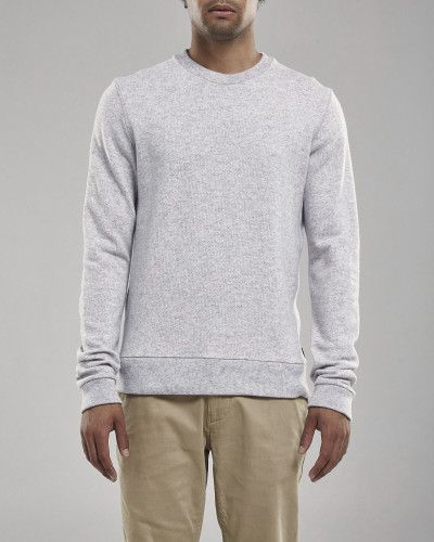 Luke is a crew neck sweatshirt made in a premium mélange cotton/wool blend, with lookback-inside, and a nice woolen surface on the outside.   Christian is 184 cm / 6'0 and is wearing a size M