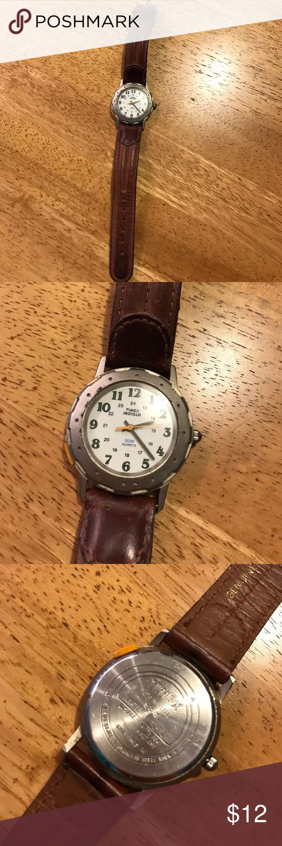 Timex watch Women's Timex watch. Leather band. Needs a new battery. Timex Accessories Watches