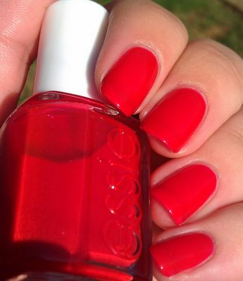 Essie Jelly Apple awesome summer toe red!!!