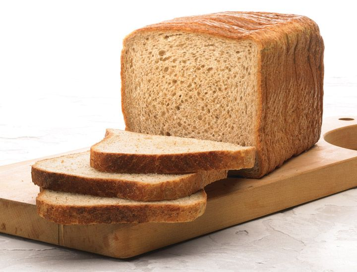Organic Whole Wheat Sliced: Certified organic with a flavourful interior for a perfect soft crust sandwich. Ideal for roast beef or salami sandwiches, or as breakfast toast.