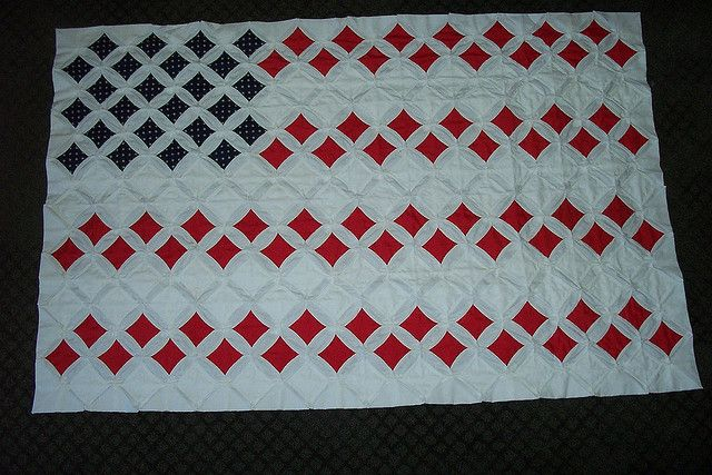 Cathedral Window Quilt US Flag; reverse and use white for the centers