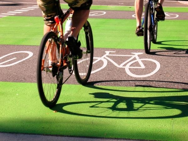 bike lane on dunsmuir