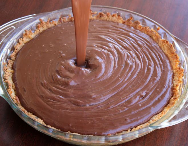 Chocolate Coconut Pie {Grain-Free, Dairy-Free} | Meaningful Eats