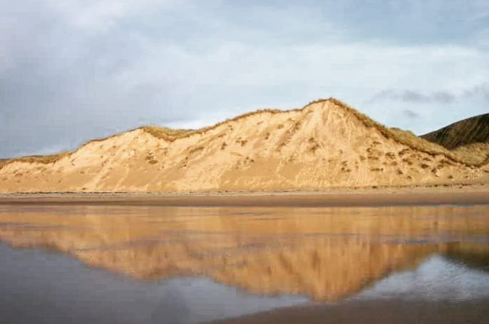 Sand dunes at Lagg Beach Inishowen Co. Donegal Stunning! #gostudyireland #internationalstudents #studyabroad #sand_dunes #ireland #inishowen #travel #goabroad #stunningscenery #bemore by maynoothuni_international