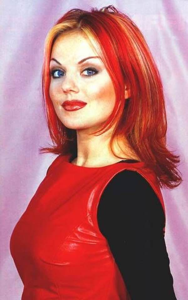 Hottest Red Shade Hairstyle and Hair Makeup for Womens with Round Face - Trend Hair Makeup Ideas 2019 Geri Halliwell, Jean Dujardin, 90s Hairstyles, Hairstyles With Bangs, Eva Green, Ginger Spice Girl, Barbie Et Ken, Baby Spice, Grunge Hair