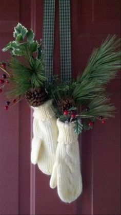 Front door decor for Christmas and the Holidays - a nice alternative to a wreath, and it could be filled with foraged greens and pinecones.
