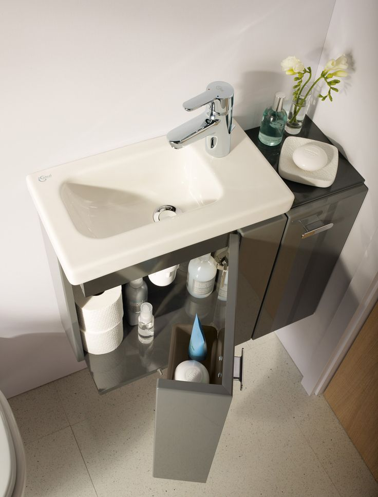 Lavabo con getto laterale
