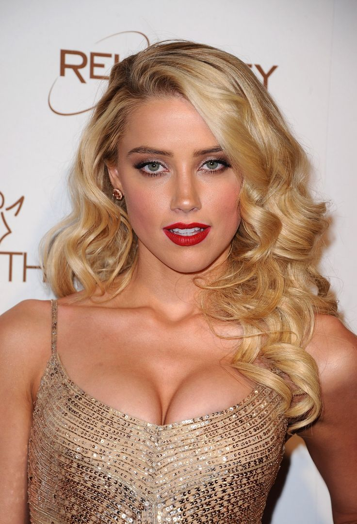 Sweet Succulent Amber Heard ...She makes me wanne be rich and powerful!... Her breakthrough came in 2008 with roles in Never Back Down and Pineapple Express.