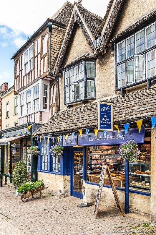 Cotswolds without a Car – An Easy Guide to How to Get Around