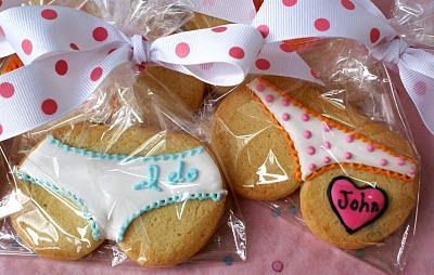 Absolutely loves these.  Just don't have anyone to make them for--a bridal lingerie shower or a bachelorette.