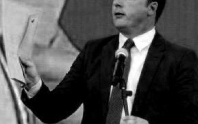 La disinformazione di Renzi sulla scuola La propaganda di Matteo Renzi e del suo Governo sulla scuola continua ad essere fonte di disinformazione. Anief attacca le ultime dichiarazioni del Premier sui neoassunti del piano straordinario 2015 #renzi #scuola
