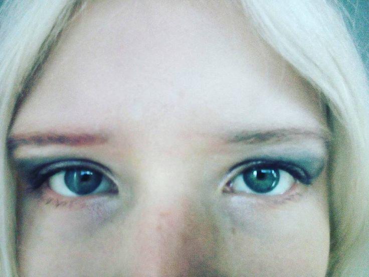 Таня Румянцева, Tanya Rumyantseva #eyes #macro #myeyes #eyelashes #me #look #makeup #vision #selfie #girl #beautiful #albino #albinism #blueeyes #глаза #взгляд #голубыеглаза #моиглаза #макияж #брови #ресницы #девушка #альбинос #альбинизм #селфи #макро #крупнымпланом #eyebrows #greeneyes #зеленыеглаза