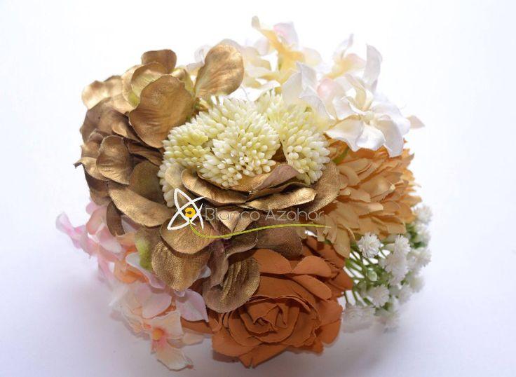 Ramillete de diferentes especies de flores. Bouquet of different type of flowers