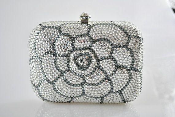 Swarovski 3D soulevé fleur rose Argent Rose Violet Blanc motifs Minaudière Cristal Métal boîte cas rectangle sac à main d'embrayage