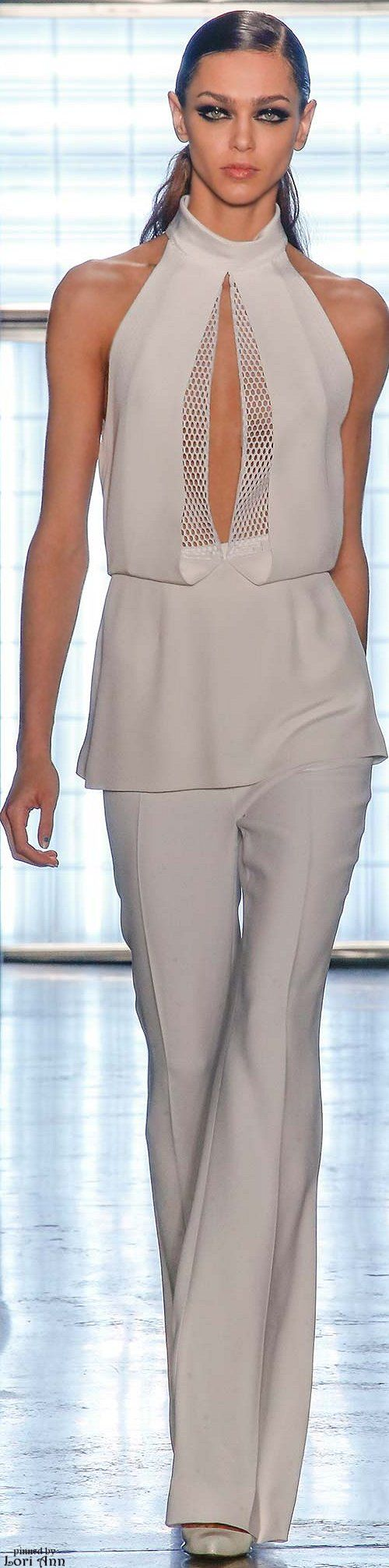 Cushnie et Ochs Fall 2015 RTW http://www.style.com/slideshows/fashion-shows/fall-2015-ready-to-wear/cushnie-et-ochs/collection/6