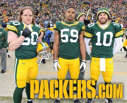 Hilarious website featuring all the photobombs by Packers QB Aaron Rodgers.